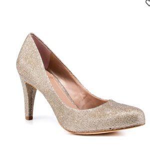 Vince Camuto Kadri Silver Gold Metallic Shiny Heel